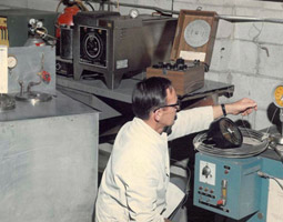 Calibration of Mil-Spec superheat thermometers (ca. 1972)